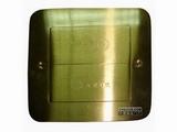 品牌:湖南梅兰日兰 meilanrilan&#10名称:隐藏式五孔电源地面插座&#10型号:LXDC-YC
